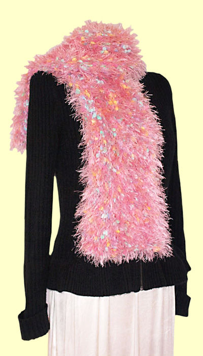 Big Pin hand knitted scarf